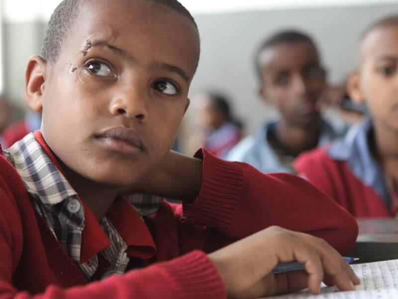 Un élève de l'école Hidassie à Addis Abeba en Ethiopie. Crédit : GPE / Midastouch