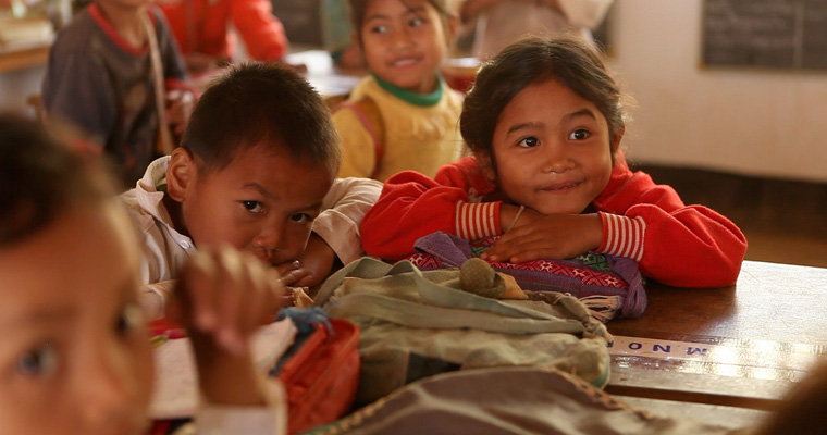 Happy school girl, in a primary school in Lao PDR.  Credit: GPE/Stephan Bachenheimer