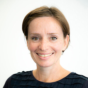 Dr. Anna Riggall