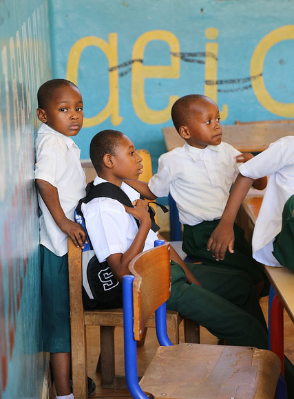 This pre-primary classrom at Kisiwandui primary school in Zanzibar welcomes a student with disabilities. Credit: GPE/Chantal Rigaud