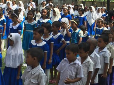 Students line up in the courtyard at the Model Government Primary School in Khulna, Bangladesh. Credit: GPE/Daisuke Kanazawa