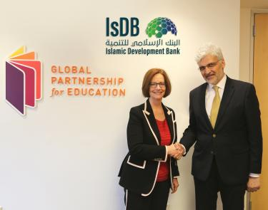 Julia Gillard, GPE Board Chair and Dr. Mohamed Nouri Jouini, IsDB's Vice President of Partnership Development. Credit: GPE/Chantal Rigaud