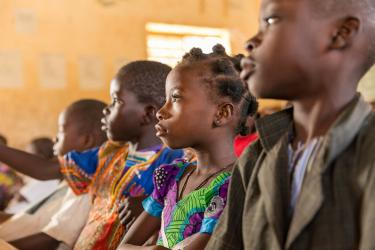 "Class three students at the Sandogo ""B"" primary school, District 7 in Ouagadougou, Burkina Faso, November 2017. Credit: GPE/Kelley Lynch"