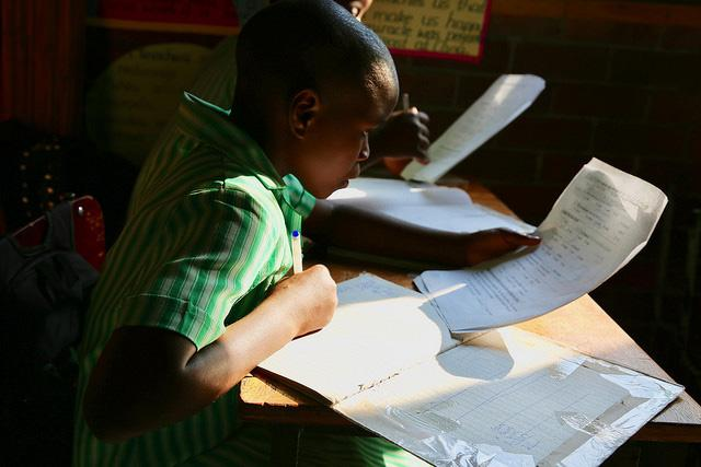 A student works on his assignment. Glenview n*2 Primary School, Zimbabwe. Credit: GPE/ Carine Durand