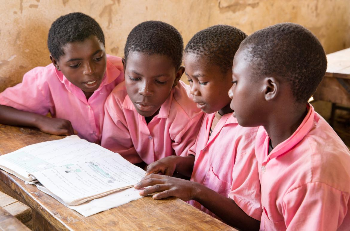 Students in class at the Nyamachaki Primary School, Nyeri County. Kenya. Credit: GPE/Kelley Lynch