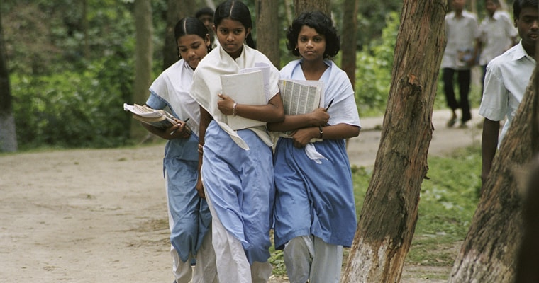 Three girls walk home from school in Bangladesh. Credit: World Bank/ Scott Wallace