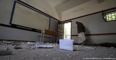 A destroyed classroom in Yemen. Credit: UNICEF/NYHQ2015-1128/Mahmoud